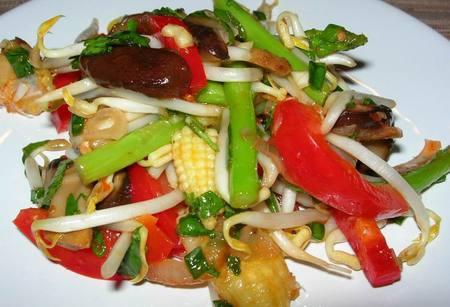 Sweet_chilli_lime_veg_salad_2